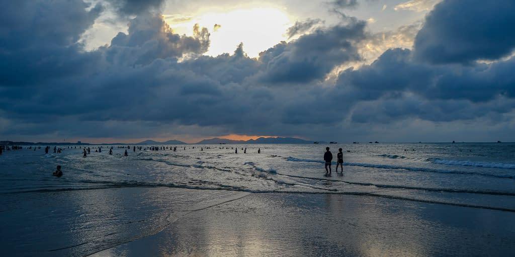 Vung Tau Back Beach auringonnousu